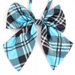 Women in turquoise bowtie lattice